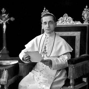 Pope-Benedict-XV-1914-b