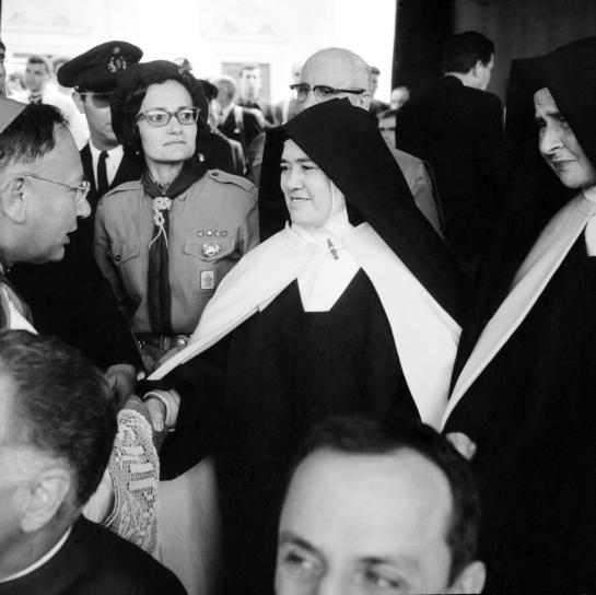 Irmã Lúcia em Fátima 4