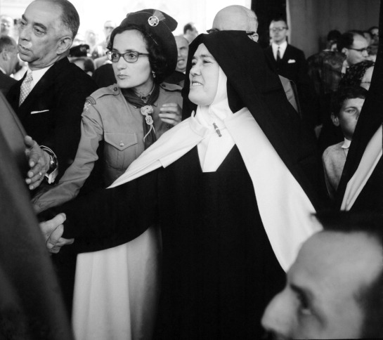 Irmã Lúcia em Fátima 5