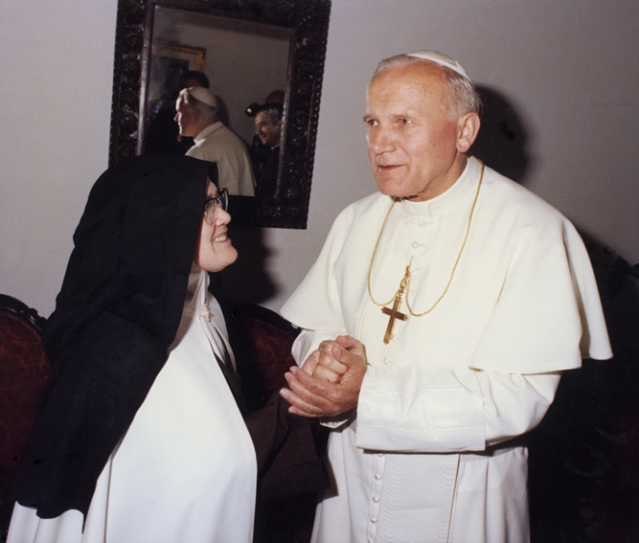 Papá João Paulo II ea Irmã Lúcia 13.5.1982