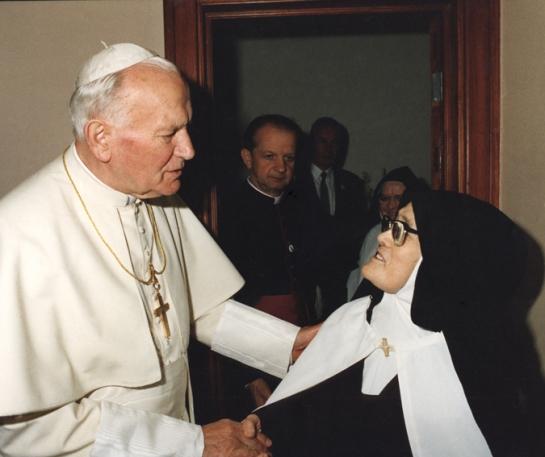 Papa João Paulo II e a Irmã Lúcia 13.5.1991
