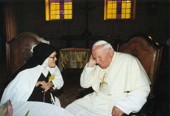 Papá João Paulo II ea Irmã Lúcia 13.5.2000