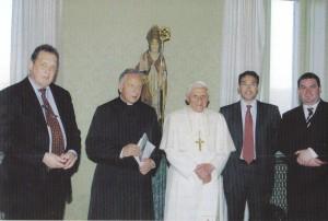 Brückenschlag Bild Benedikt XVI