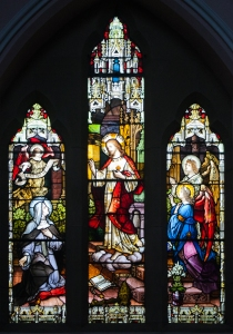 Enniskillen_St._Michael's_Church_West_Aisle_Window_04_Revelation_of_the_Sacred_Heart_to_Saint_Marguerite_Marie_Alacoque_2012_09_17