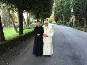 Papa-Ratzinger-e-seminarista-Rosario-Vitale