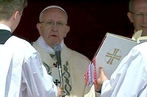 Papa-Francesco-canonizzazioni-5-gugno-2016-740x493