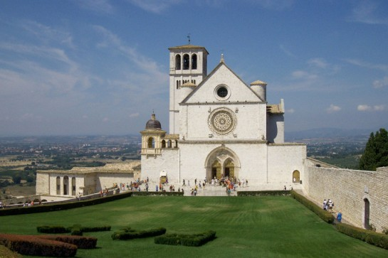 WIKI-Assisi-800x533