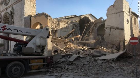 terremoto-italia-norcia