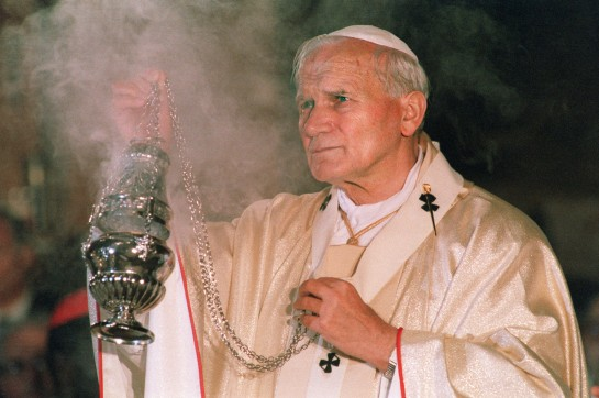 STRASBOURG, FRANCE - OCTOBER 8: File photo dated 08 October 1988 of Pope John Paul II celebrating an Eucharistic mass in the Notre Dame Cathedral in Strasbourg, France. (Photo credit should read DERRICK CEYRAC-ERIC FEFERBERG/AFP/Getty Images)
