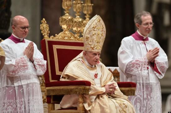 24/12/2012 Vaticano. Celebrazione della Messa della Notte di Natale, nella foto Papa Benedetto XVI