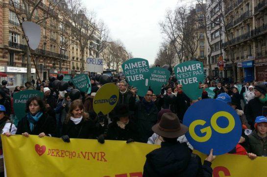 2015_marcha_por_la_vida_en_paris_8-740x493