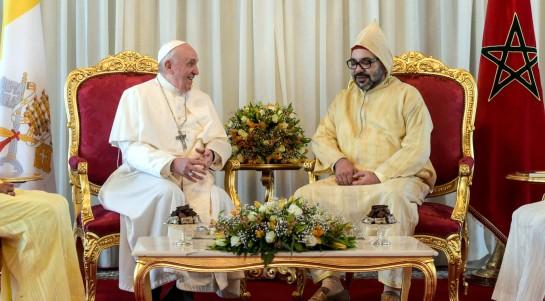 Papst Franziskus (l.) und König Mohammed VI.